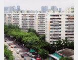 여의도 시범아파트는 1971년 완공돼 재건축 사업 추진 가능 연한인 30년을 훌쩍 넘긴 단지다. [동아DB]