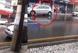 후진하다가 건물앞으로 쾅!…김여사에겐 너무 어려운 주차