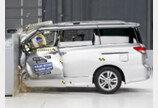 """가족단위 운전자에게 인기 있는 미니밴 """"안전성은 떨어져"""""""