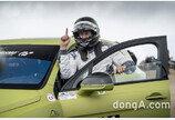 벤틀리 벤테이가, 힐 클라임 레이스서 가장 빠른 SUV로 등극