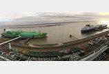 대우조선해양 LNG운반선 2척 동시 환적