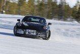 세계 각지 누비는 '포르쉐 신형 911'… 출시 앞두고 막바지 테스트