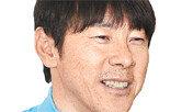 권창훈, 佛리그 데뷔골에…입꼬리 올라간 신태용
