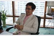 위메이드 박관호 의장 48억 배당에 개발자들 공분..'도 넘었다' 반응
