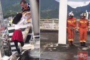 [영상] 옥상에서 투신하려던 여학생 살린 교장의 기지, 뭔데?