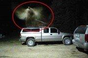 소방관 트럭 위 미스터리 형상, 수호 천사? 전문가 설명은…
