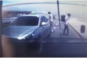 김해공항 사고, 승객 짐 내려주다 BMW에 '퍽'…새 블랙박스 영상에 여론 격앙
