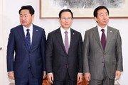 """자유한국당, 국회 보이콧 선언…김성태 """"모든 일정 전면 보류"""""""