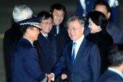 文대통령 국정지지율 50%선 무너져…4%p 하락한 49%