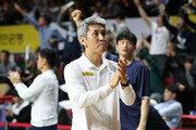 [바스켓볼 피플] 월드컵 진출 이뤄낸 농구대표팀 김상식 감독