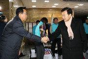 """'단식중단' 손학규·이정미 """"이제 시작…연동형 비례제 끝까지 관철"""""""