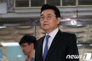 문재인 정부 첫 고위직 기소…전병헌 前 수석 이번주 선고
