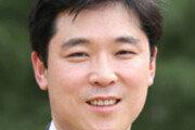 """'팬덤'에 사로잡힌 민주당 """"나도 친문"""" 외치는 의원들[광화문에서/길진균]"""