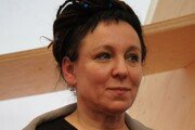 '노벨문학상 영예' 국가적 경사에도 웃지 못하는 폴란드