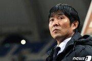 일본축구의 탈락은 한국도 악재…3위 안에 들어야 도쿄간다