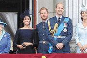 """英여왕 """"새로운 삶 희망 존중""""… 해리부부 독립 지지"""