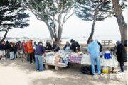 <1>하와이 해변의 걸인들, 한때 중산층이었을 그들에게 무슨 일이?