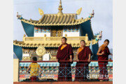 [이훈구 기자의 히말라야 2400㎞]<11>은둔의 티베트불교