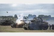 [내 눈엔 이게 보인다]탱크 고증은 완벽, 전투 묘사는 과장