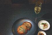 [미술관 옆 식도락]와인과 한식-줄무늬 조각 예술… 굽힘없는 소신이 빚은 맛과 멋