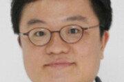 [광화문에서/전승훈]'블루 하우스 다운, 청와대 최후의 날'