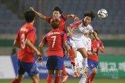 남자축구, 북한 5만관중 이긴 여자축구 투혼 배워라