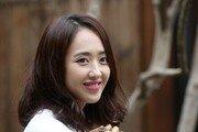 """[단독] 계약 끝난 김민정 사진 무단사용…""""9000만원 배상해야"""""""