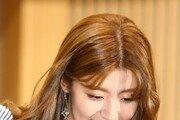 [동아포토]남지현 '조신한 인사'