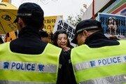 홍콩, 6월 말 시진핑 방문 앞두고 분열양상