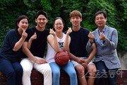 """[패밀리가 떴다] 양원준 WKBL 사무총장 가족 """"다섯 식구가 모두 농구선수…아마도 우리가 처음 아닐까"""""""