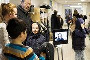 아픈 아이 대신 학교 가는 로봇… 폐의류 에탄올로 달리는 車