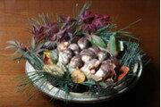 [음식四季]가을숲의 귀한 선물… 향만큼 품은 영양도 으뜸