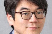 [오늘과 내일/홍수용]'문재인 경제'의 얼굴마담들