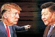"""美, 中 맞보복에 부담?…트럼프 """"무역전쟁 상태 아니다"""" 숨고르기"""