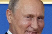 지구촌 외교도 '푸틴의 축구공' 따라 움직인다