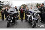 """트럼프 """"할리데이비슨 해외로 가면 끝장날 것"""" 분노의 폭풍트윗"""