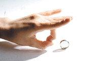 [이재국의 우당탕탕]〈7〉'결혼반대협회' 화환 보내기