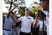 운동선수 DNA 물려받은 김태훈, 1015일 만에 웃었다