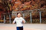 [양종구 기자의 100세 시대 건강법]환갑에 마라톤 완주 도전…그녀의 건강 비결은?