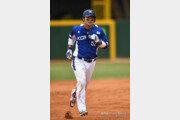 [AG] '한일전 야구' 박병호, 3회 1점 홈런… 4G 연속 대포