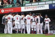 [베이스볼 브레이크] 더블헤더 2패 후 PS 동력상실…롯데, 2015년 악몽 재현 위기