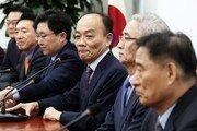 """전원책 """"한국당 의원들, 쇄신 반발하면 국민 용서 않을 것"""""""
