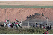 팔레스타인 가자지구에서 이스라엘군 발포…시위대 6명 사망