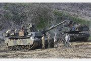 """美 """"北 비핵화 진전 없으면 한미군사훈련 재개할 수도""""…日에 전달"""