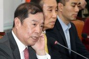 """김병준 """"수십년 걸쳐 이룬 원전사업, 하루 아침에 무너져"""""""