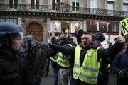 프랑스 전역서 노란조끼 5차 집회…1명 사망