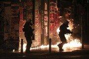 그리스 극좌단체,  아테네 TV방송국 폭파 했다 주장