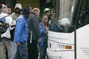 이탈리아 살비니, 난민센터 기습 폐쇄…500여명 쫓겨나