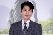 [연예뉴스 HOT5] 정우성, 장편 상업영화 감독 데뷔