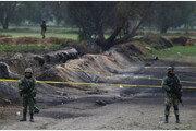 멕시코 중부서 발생한 송유관 폭발 화재…사망자 115명으로 늘어